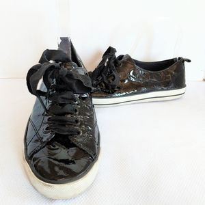 Coach Suzzy Patent Leather Sneakers Size 7.5
